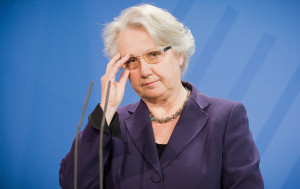 Am 9. Februar 2013 gab Annette Schavan (CDU) ihren Rücktritt als Bildungsministerin im Bundeskanzleramt bekannt.