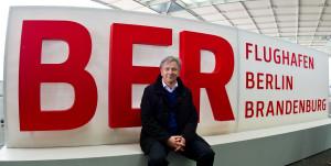 wowereit ist optimist und kämpft weiterhin für den Berliner Flughafen BER