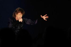 """Mick Jagger beim Auftritt während der """"14 on Fire""""-Tournee in Marina Bay Sands in Singapur am 15. März 2014. (Foto: REUTERS/Tim Chong)"""