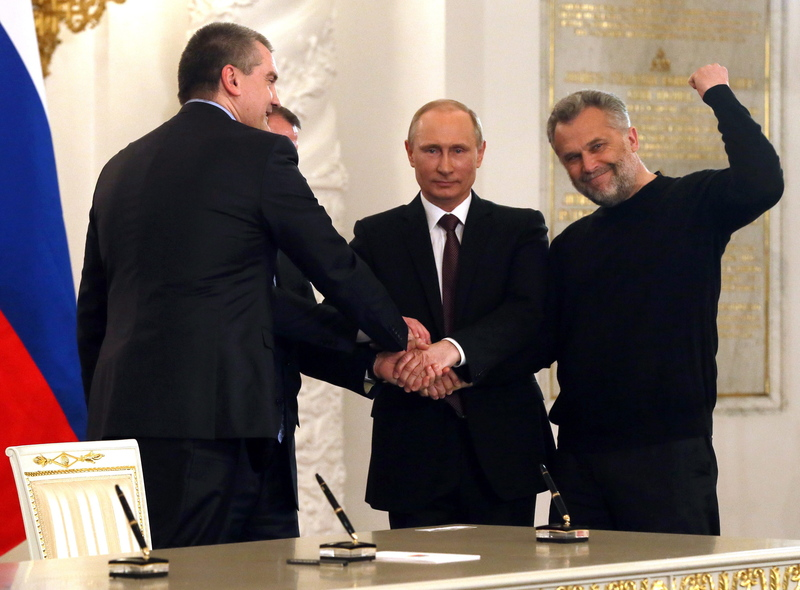 Präsident Putin übernimmt nach dem Referendum die Krim